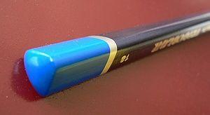 ดินสอไม้ ทรงสามเหลี่ยม