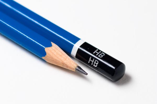 ดินสอไม้ ทรงหกเหลี่ยม